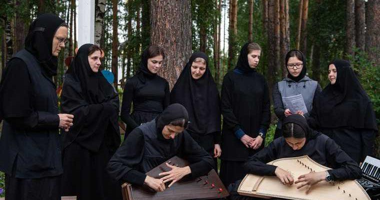 вышел фильм ксения собчак монастырь отец сергий