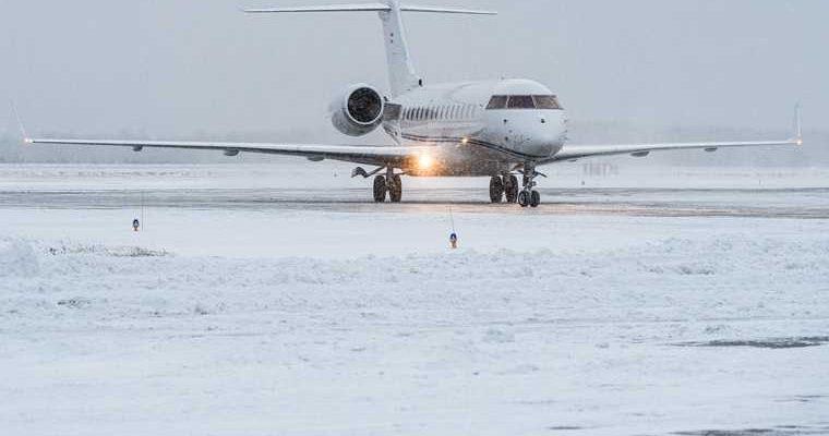 В россии будут строить аэродромы изо льда