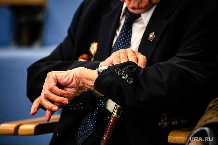 пенсионеров ограничат из-за коронавируса