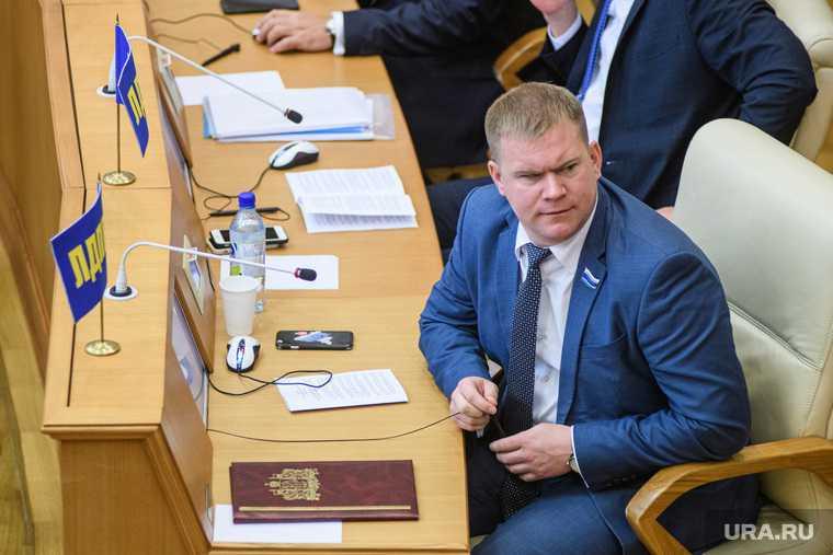 Назначена дата суда над свердловским депутатом обвиняется убийство