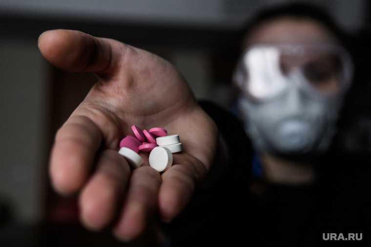 В Госдуме хотят бесплатно раздавать лекарства от коронавируса