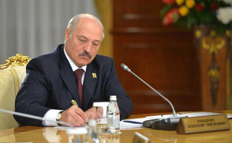 Тихановская Лукашенко протесты Беларусь