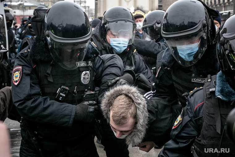 драка с ОМОНом Навальный