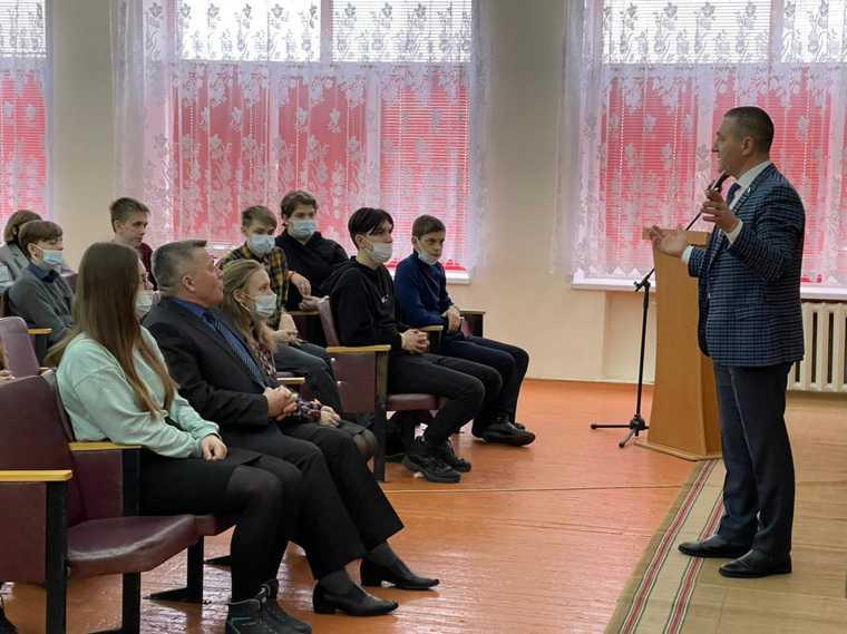 «Единая Россия» решила, кто сможет выбирать кандидатов в Госдуму