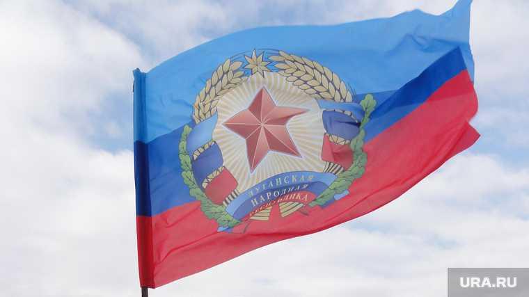 Донбасс начались бои Россия Украина ЛНР атака война