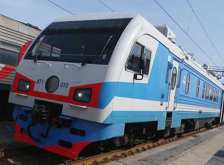 Мэр Екатеринбурга презентовал наземное метро. Оно свяжет периферию с центром