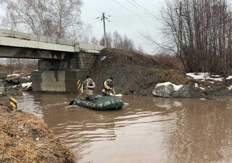 Рудный мост лодка переправа