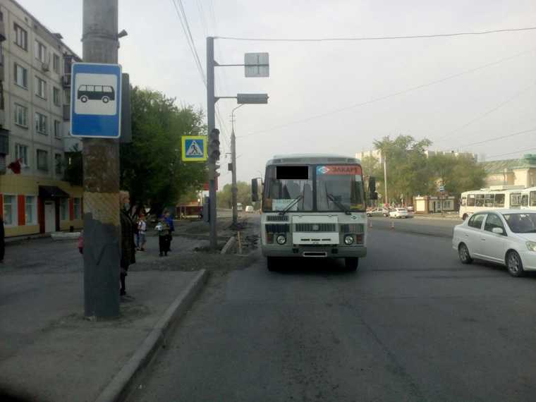 В Кургане автобус сбил ребенка. Фото