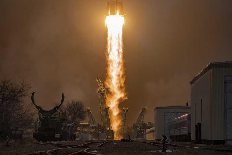 Китайский космический корабль высадился на Марсе
