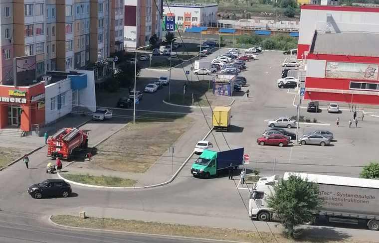 В Кургане начали «минировать» магазины сетевых гигантов. Фото