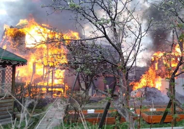 горят сады Екатеринбург
